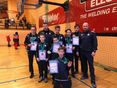 Mladí zápasníci přivezli medaile